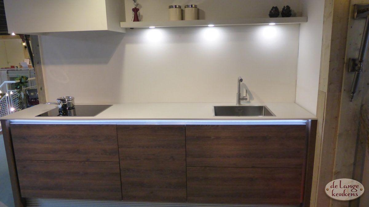 Verkocht moderne keuken zera de lange keukens - Meubels keuken beneden cm ...