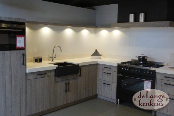 Moderne hoek keuken V-line