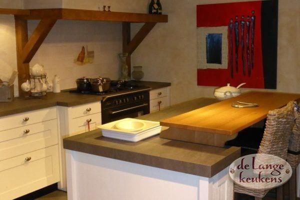 Keuken inspiratie: landelijk met kookeiland   de lange keukens