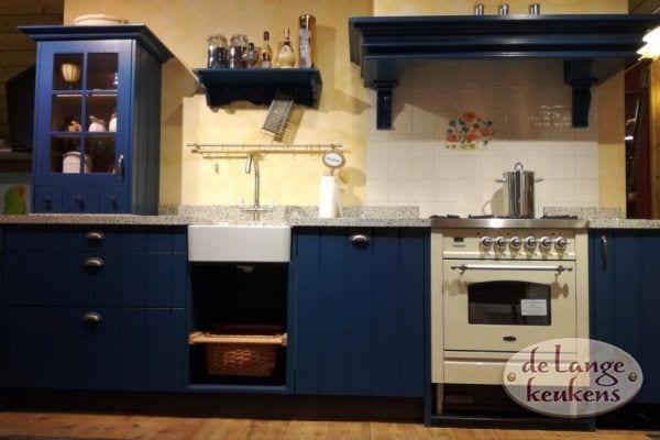 Showroom aanbieding Klassiek blauwe keuken Elzas