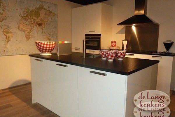 Keuken inspiratie: moderne keuken met eiland - De Lange Keukens