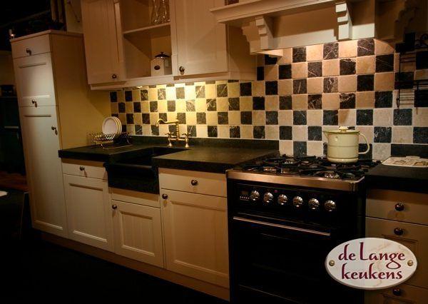 Keuken inspiratie: klassieke gele keuken   de lange keukens