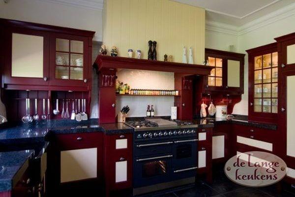 Keuken inspiratie: keuken landelijk rood   de lange keukens