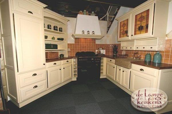 Keuken inspiratie: crème kleurige keuken
