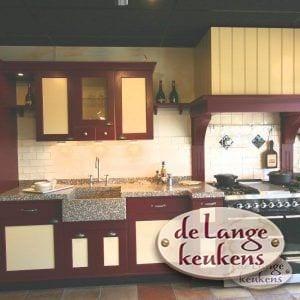 Landelijke-rechte-keuken-2-kleuren_0886-600x600