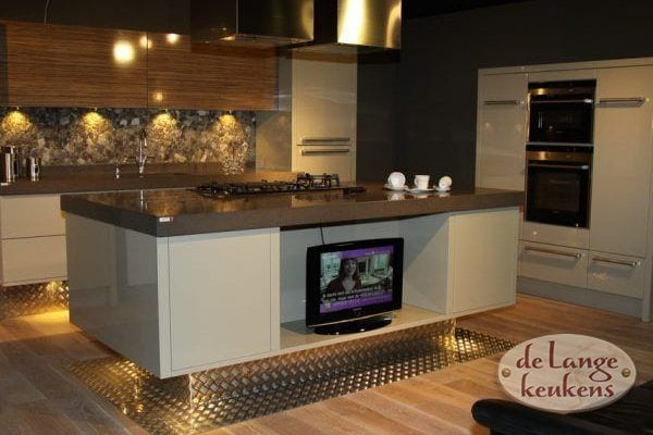 Keuken inspiratie: ruime moderne keuken