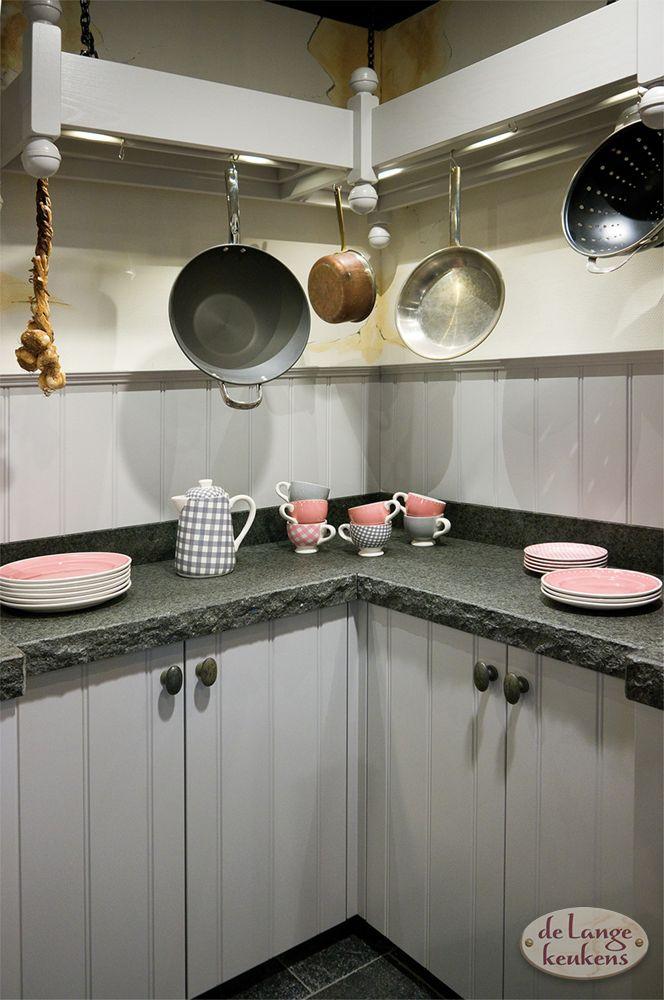 Grijze landelijke keuken Elzas + eiland - De Lange Keukens