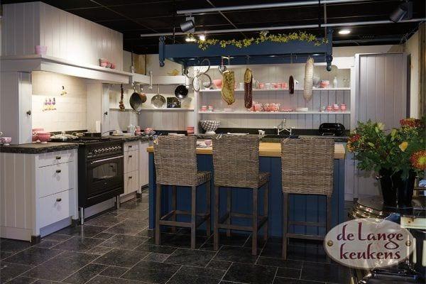 Grijze landelijke keuken Elzas + eiland
