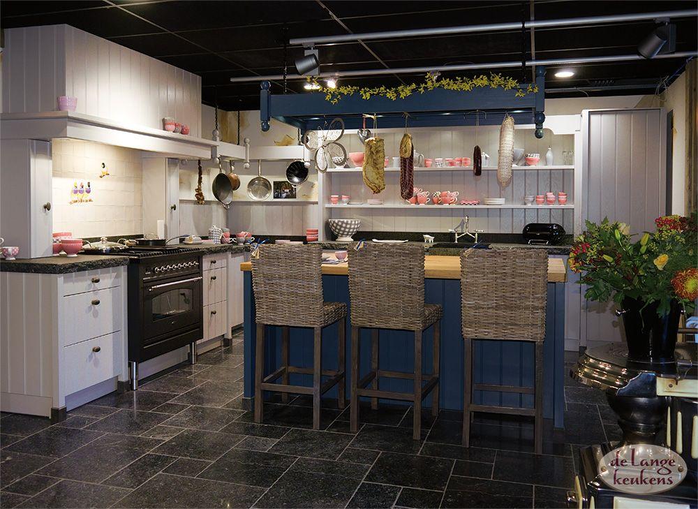De Lange Keukens Ommen.Grijze Landelijke Keuken Elzas Eiland De Lange Keukens