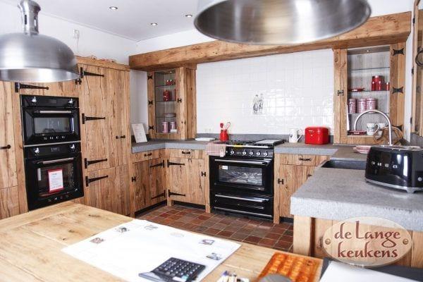 Eikenhouten landelijke keuken Barn