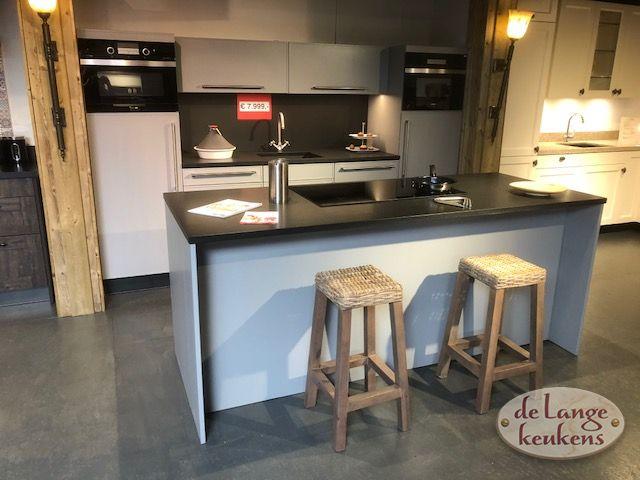 Inspiratie keuken grigio met kook eiland de lange keukens