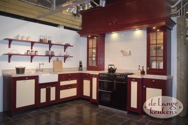 Nostalgische 2 kleurige keuken