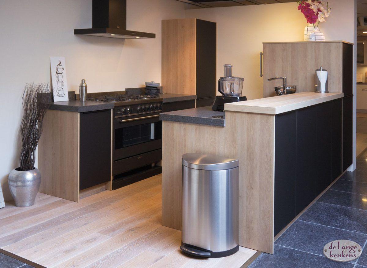 Keuken inspiratie zwarte moderne keuken de lange keukens - De moderne keukens ...