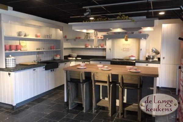 Grijze landelijke keuken Elzas
