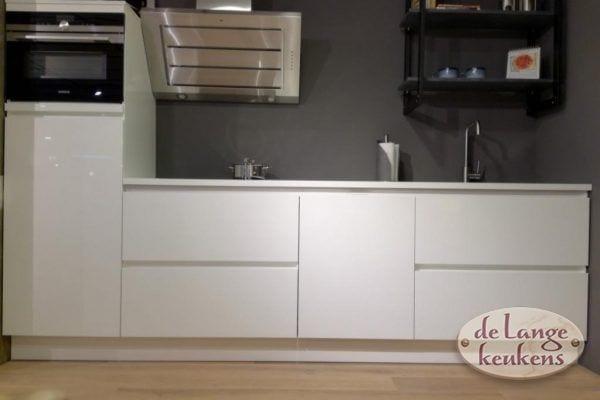 Inspiratie keuken moderne witte inclu app.