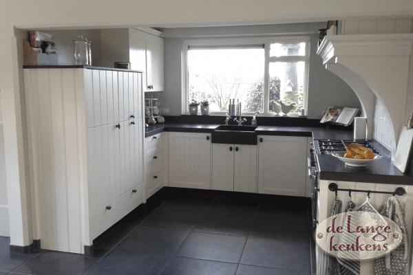 Landelijke keuken zwart/wit