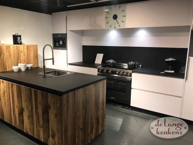 Moderne Greeploze Keuken : Moderne greeploze keuken murphy de lange keukens