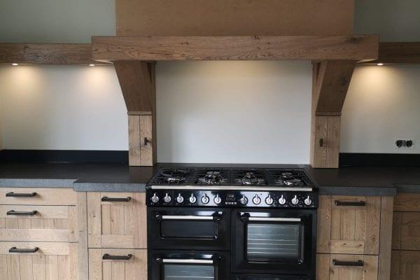 Landelijke rustiek eiken houten keuken Diepenveen